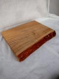 タモ 300×220×32 一部小さな割れがあります。自然塗料仕上げです。