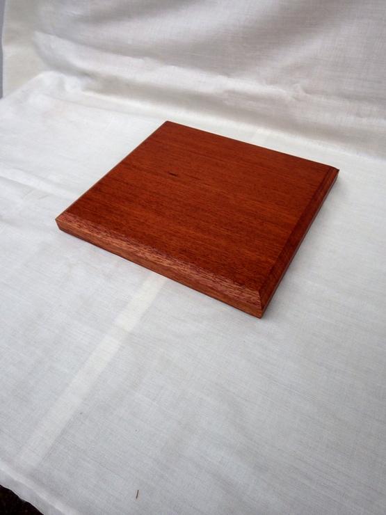 花梨(カリン) 255×238×24 自然塗料仕上げです。