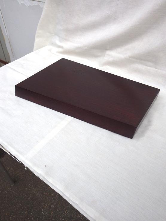 欅 427×220~275×37 うるし色のラッカー塗装仕上げです。