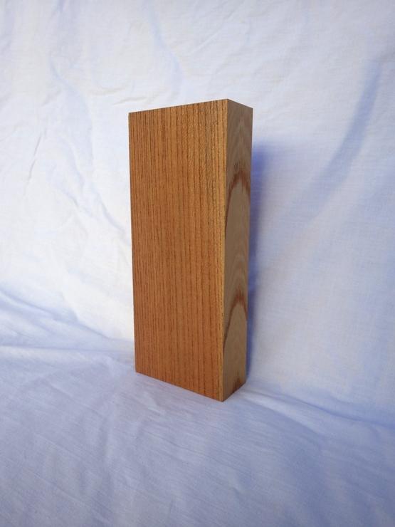 欅 表札 高さ210ミリ×幅87ミリ×厚さ36ミリ