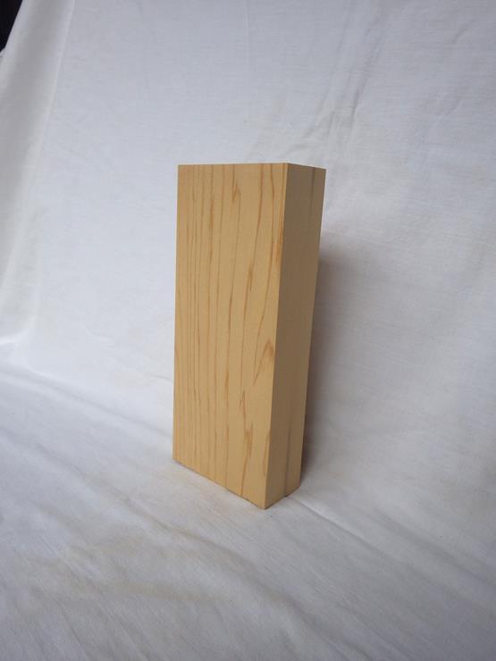 紅桧 表札 高さ210ミリ×幅90ミリ×厚さ37ミリ